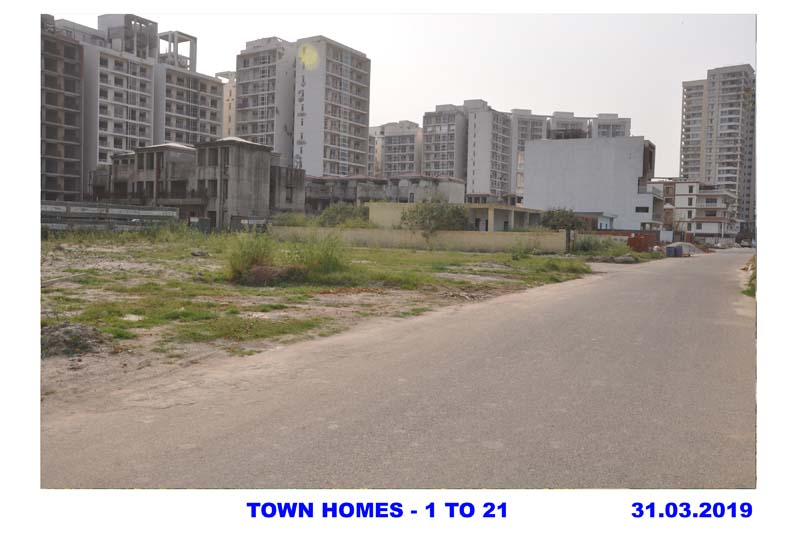 TOWN HOMES - 1 TO 21